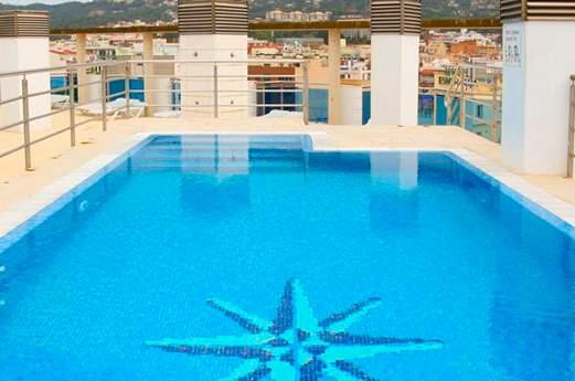 blau zwembad